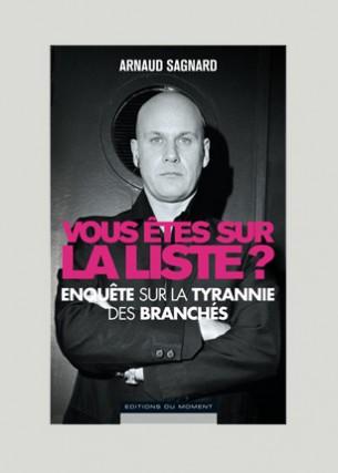 Conception graphique Photo : Bruce Gilden / Magnum Photos Auteur : Arnaud Sagnard Éditeur : Éditions du moment Juin 2008